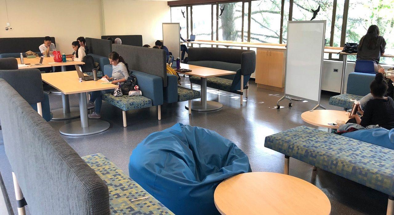 Không gian tự học của sinh viên Đại học Simon Fraser