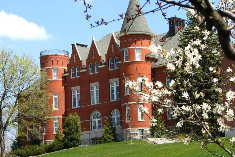Một góc khuôn viên xinh xắn của Đại học Washington State
