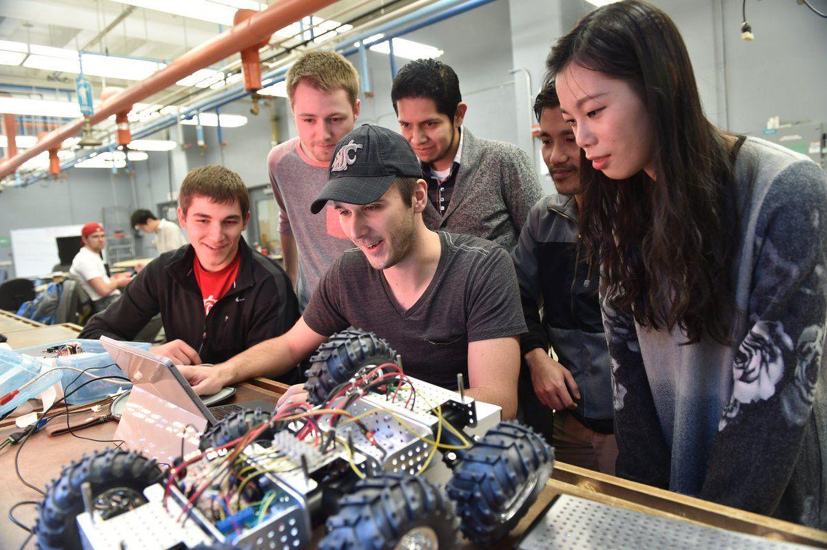 Sinh viên ngành kỹ thuật tại Đại học Washington State