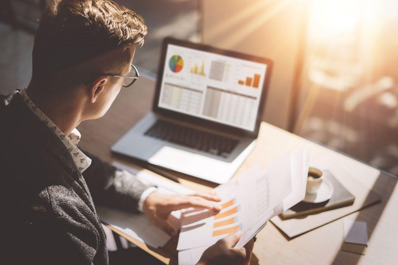 Quản lý dịch vụ tài chính là lĩnh vực giàu triển vọng phát triển với mức thu nhập, lương, thưởng hấp dẫn