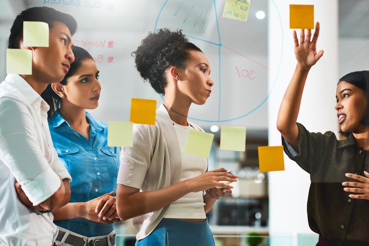 Cũng như những kỹ năng về quản lý nguồn nhân lực để hoạt động hiệu quả