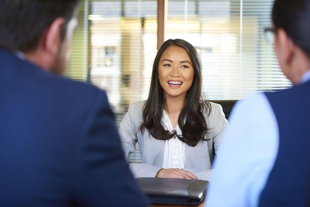 Với tấm bằng cử nhân từ đại học Tây Ban Nha, bạn có thể tìm việc làm ở quốc gia này hoặc nhiều nơi khác trên thế giới