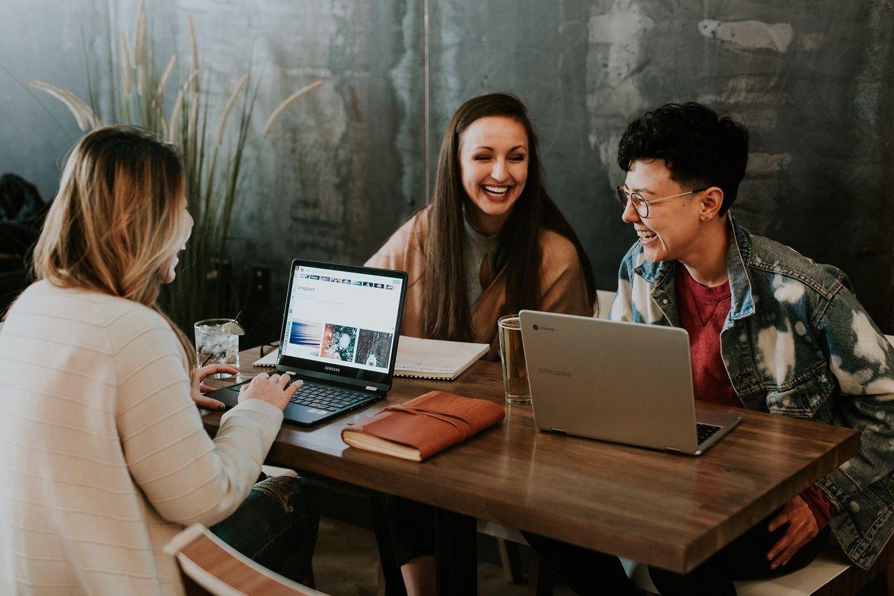 Học sinh rèn luyện kỹ năng hợp tác khi làm việc nhóm