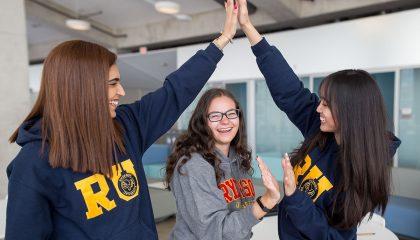 Trở thành sinh viên Đại học Ryerson để tiếp cận chương trình giáo dục chất lượng cao cùng nhiều cơ hội nghề nghiệp tại Toronto sầm uất