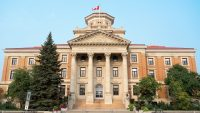 Đại học Manitoba có bề dày lịch sử giáo dục gần 150 năm
