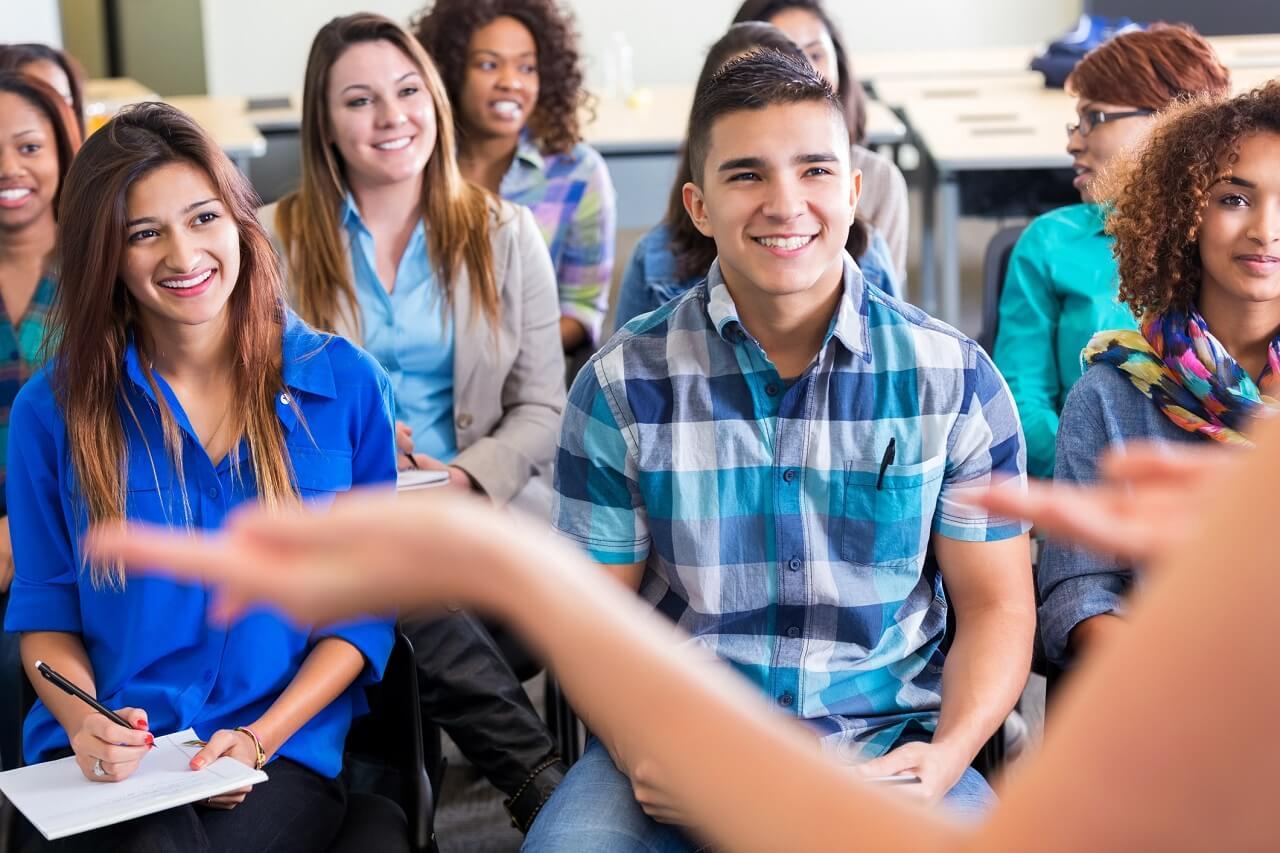 Sinh viên quốc tế được định hướng rõ ràng cho việc học tập và nghề nghiệp tương lai