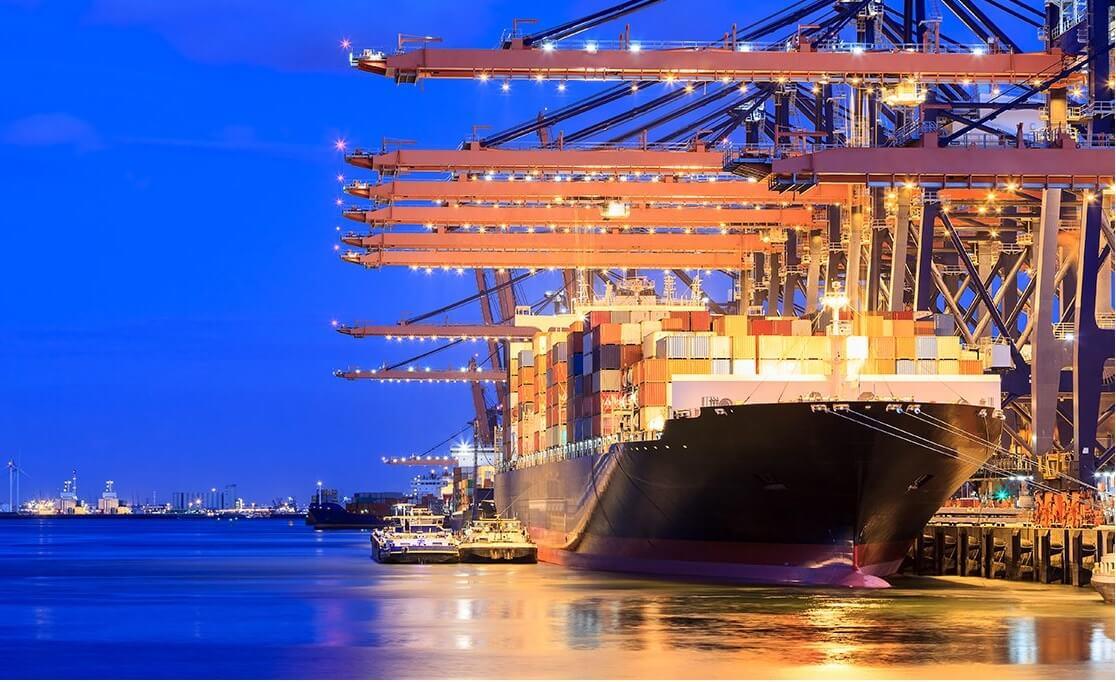 Rotterdam có vị trí đắc địa và sở hữu một trong những cảng quốc tế bận rộn nhất thế giới