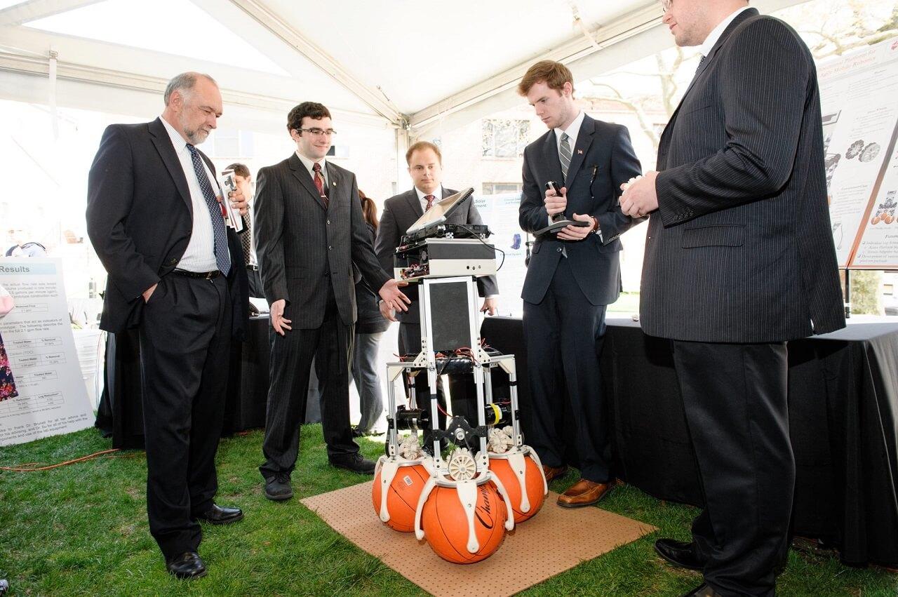 Sinh viên Viện Công nghệ Stevens giới thiệu một dự án