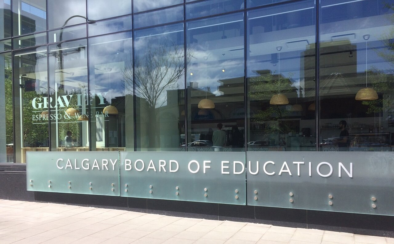 Hệ thống trung học Calgary Board of Education