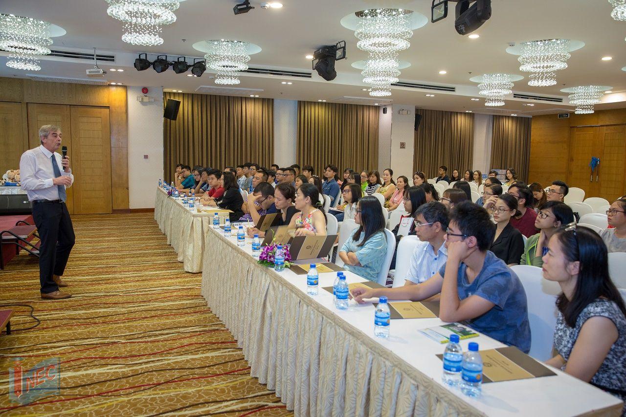 Các hội thảo do INEC phối hợp với Đại học KHUD HAN tổ chức thu hút sự quan tâm của đông đảo học sinh sinh viên