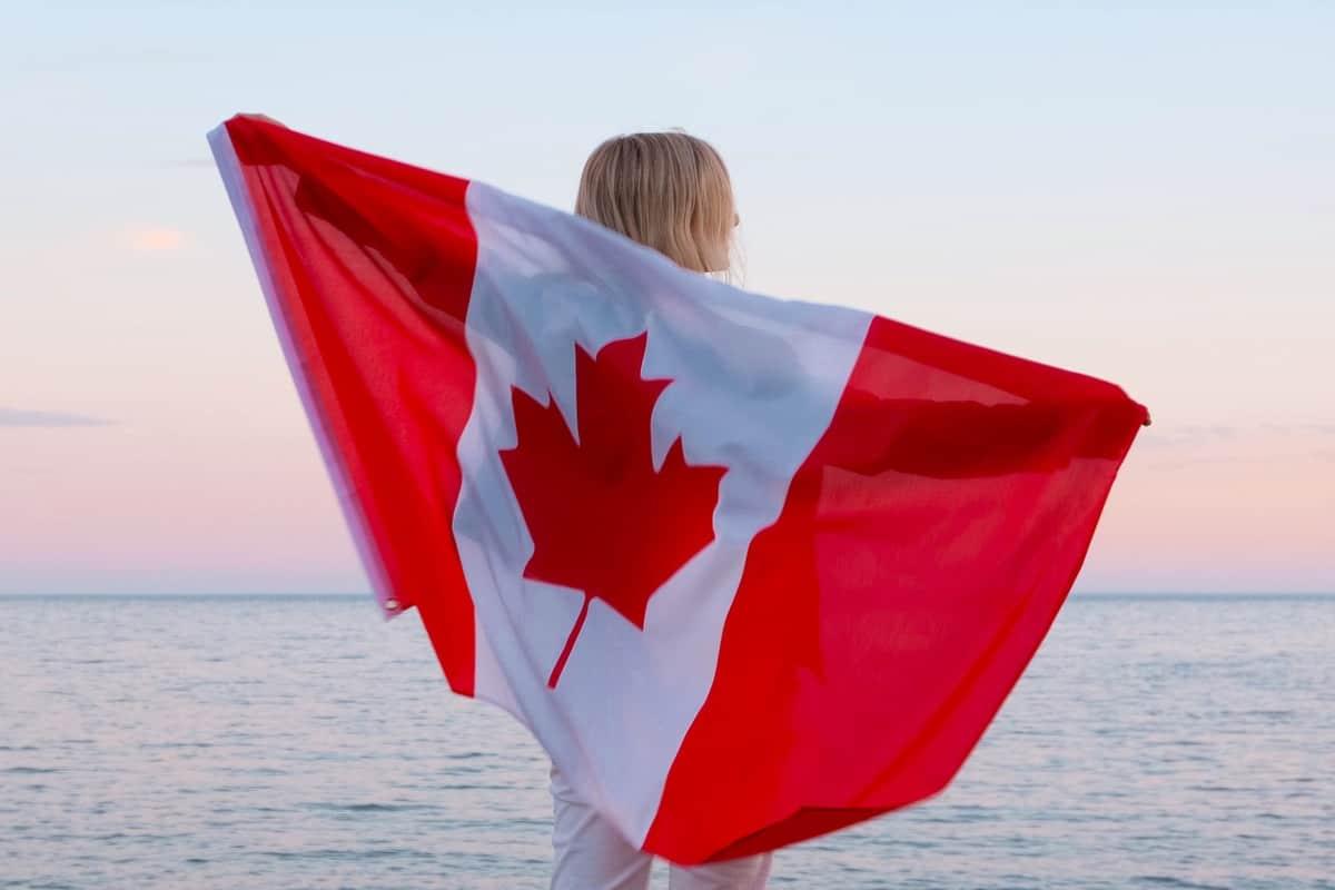 Du học Canada, làm việc và định cư lâu dài tại đất nước này là lựa chọn của không ít sinh viên quốc tế.