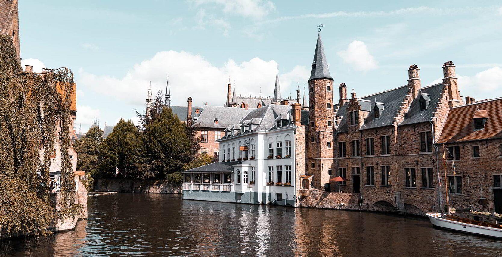 Những khung cảnh cổ tích ở vùng Flanders nước Bỉ