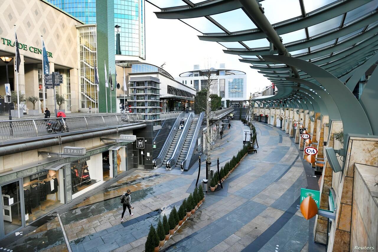 Rotterdam vắng vẻ khi đóng cửa vì covid-19