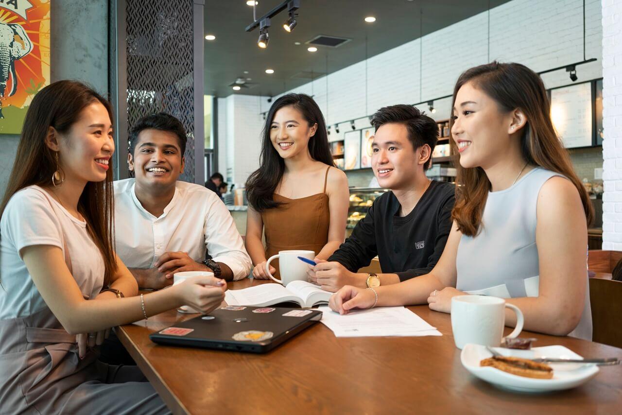 Học bổng SIM 2021