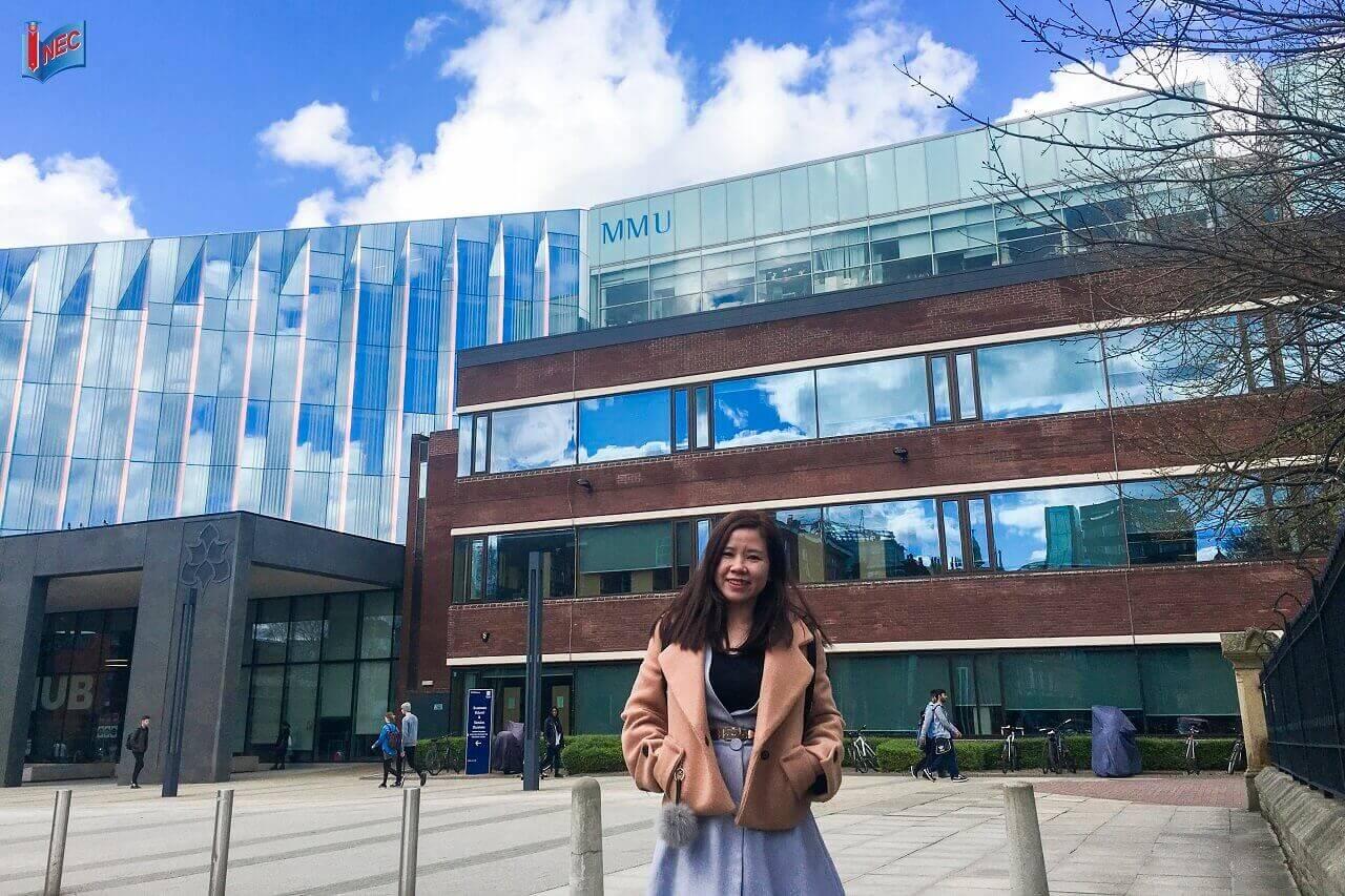 Học bổng chuyển tiếp đại học Anh
