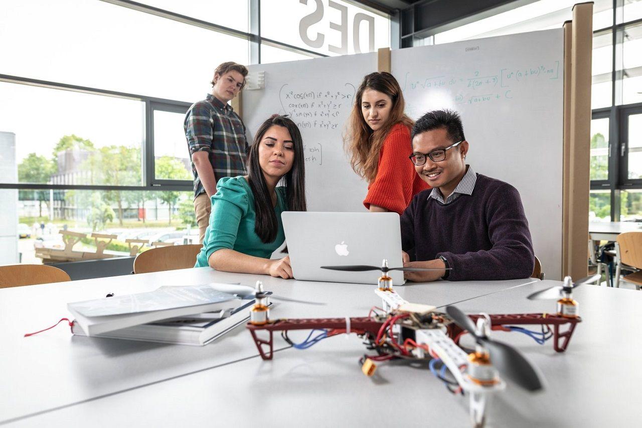 Công nghệ thông tin kinh doanh Đại học Twente