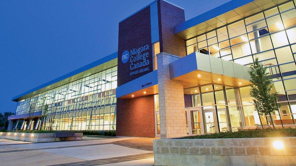 Khu học xá hiện đại Welland của Cao đẳng Niagara