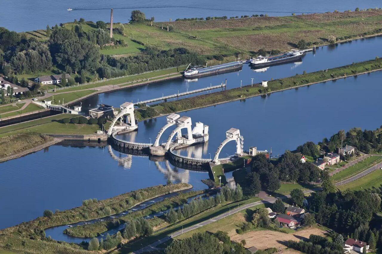 Đập Hagestein Weir Hà Lan