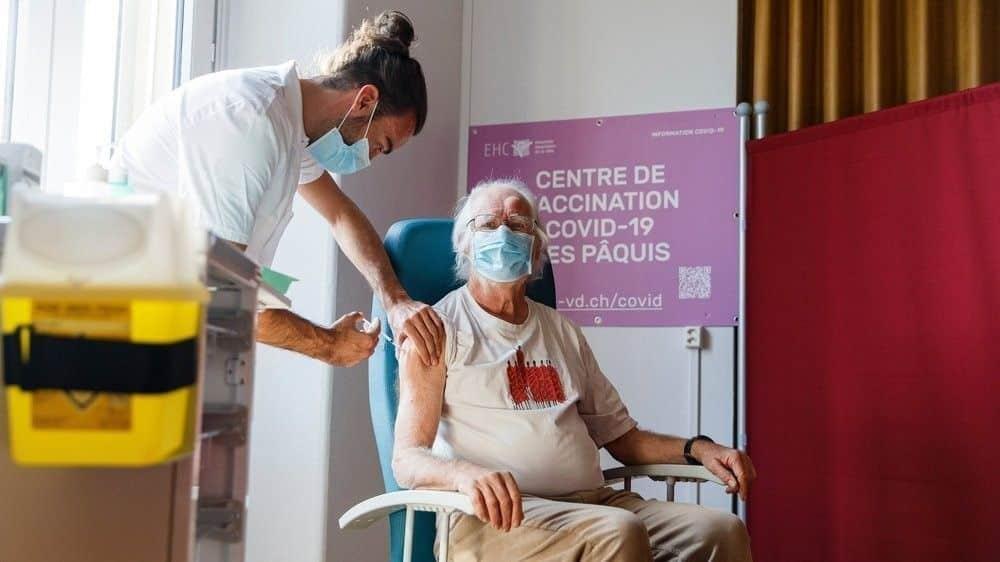 Tiêm ngừa Covid tại Thụy Sĩ