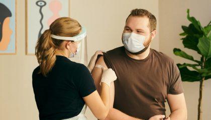 Vaccine covid tại Thụy Điển