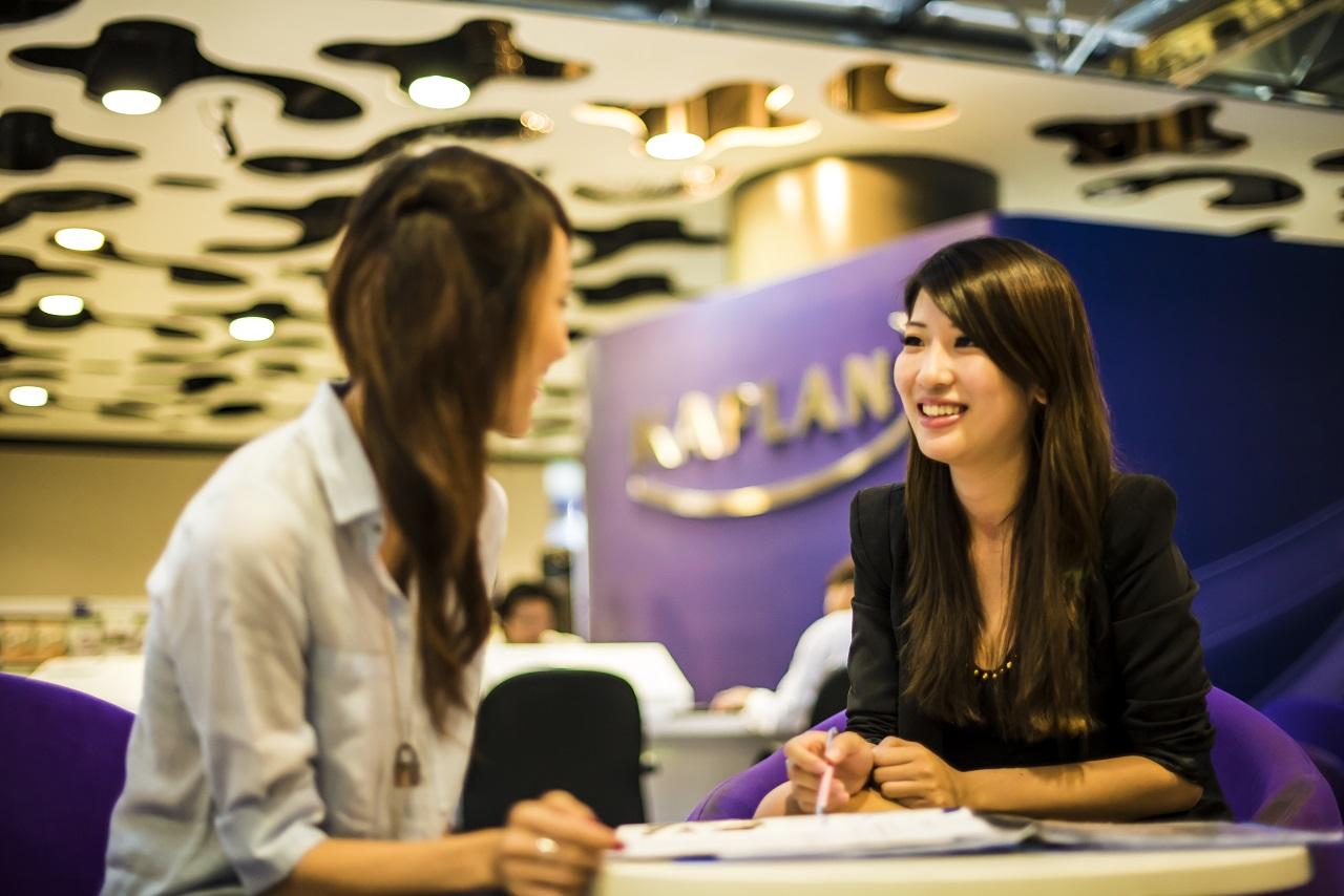 Sinh viên quốc tế được tận hưởng môi trường học hiện đại, giàu tính kết nối giữa lòng thành phố