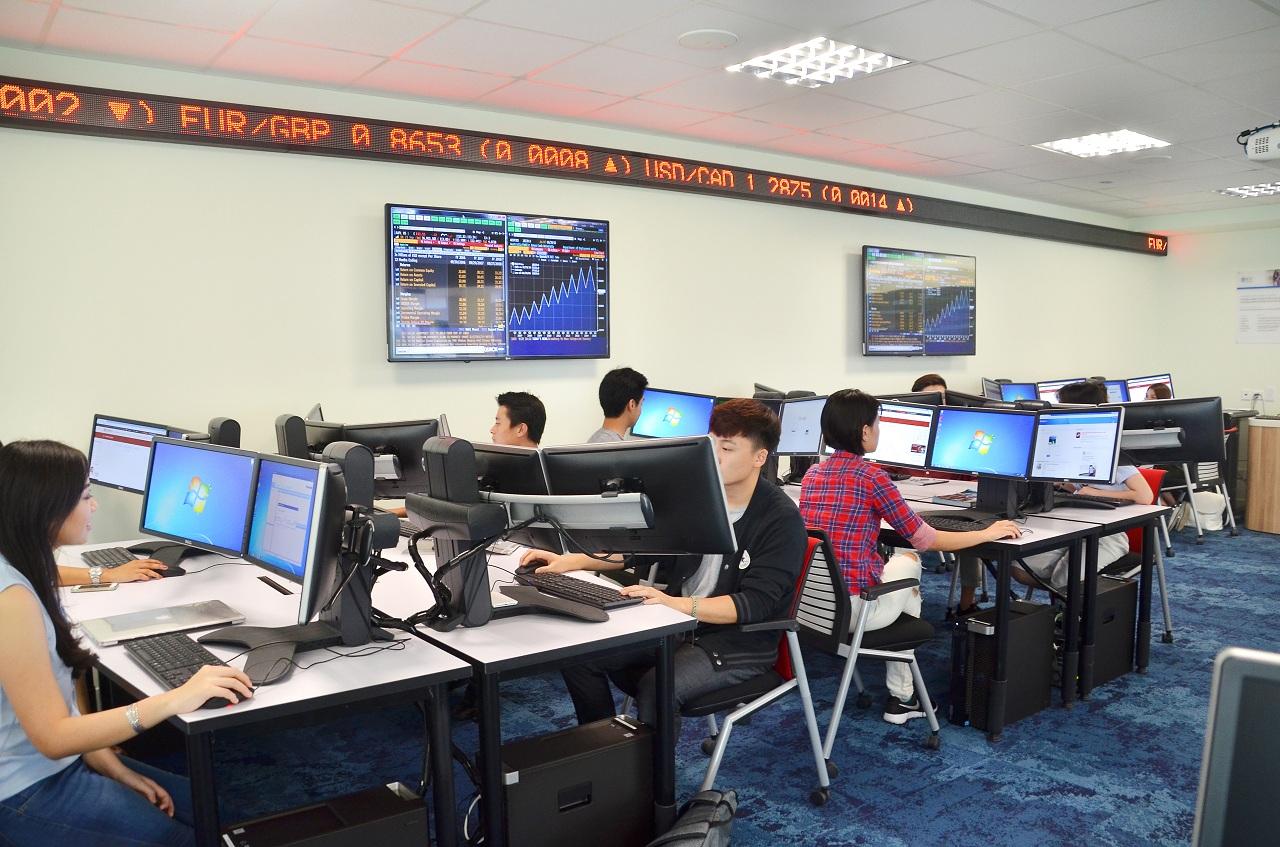 Sinh viên được tận hưởng môi trường học tập hiện đại, giàu tính hỗ trợ tại JCU Singapore